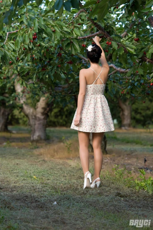 Брайси в вишневом саду. Фото 9
